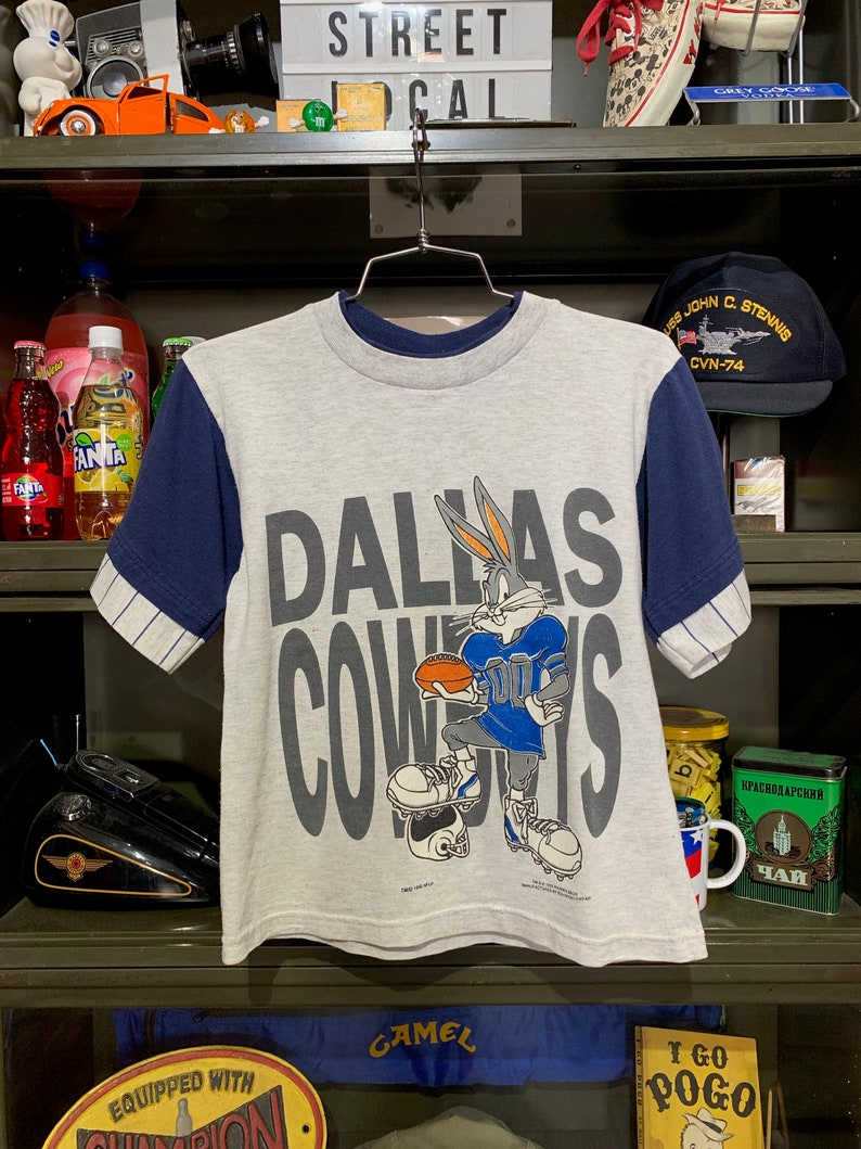 Youth Vintage 1993 Bugs Bunny Dallas Cowboys NFL T-Shirt image 0