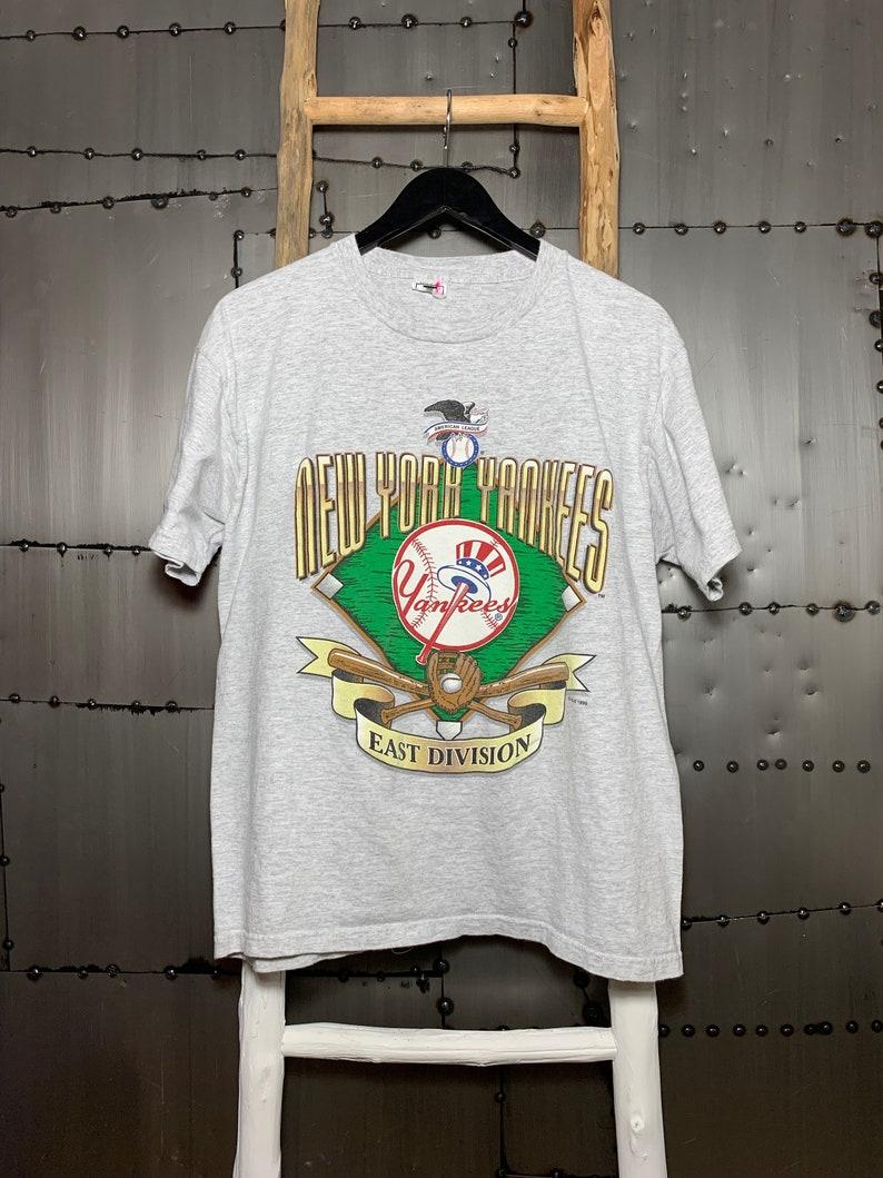 Vintage 1995 New York Yankees MLB Baseball East Division image 0
