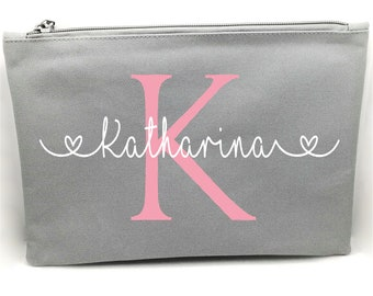 Cosmetic bag personalized with names in 5 colors