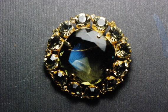vintage brooch amethys stone corundum gilding a gift for her  made  in uSSR 1980