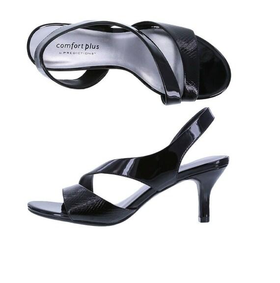Comfort Plus Women's Mavis Asymmetrical Heel Size 7W