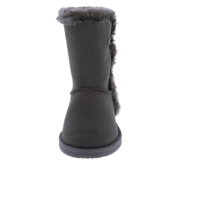 cb5f62556fc Airwalk Women's Myra Short Boots Size- 5