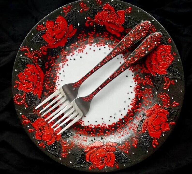 Black Red Wedding Cake Dish Black Red Forks Garden Rose Wedding Cake Dish Engraving Forks Red Roses Wedding Anniversary Gift Wedding Cake