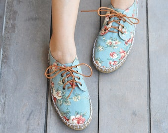 95f0be756 Vintage floral Rose, Women Vegan Oxfords, Pink Roses on Mint Green, Red  Roses on Blue Fabric, Lace up , Casual summer shoes - English Garden