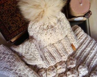 Set: Hat + collar + wool mittens. Handmade
