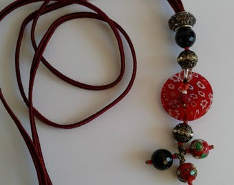 Red long necklace with Murano glass