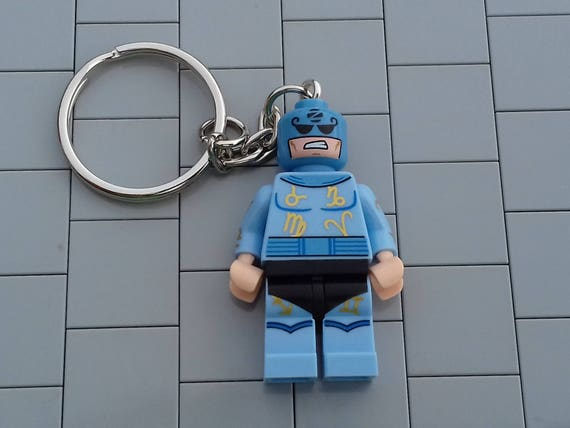 NEW Genuine Lego Minifigure Key Rings//chains 12 to choose Party//stocking fillers