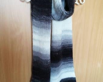 Handmade soft scarf
