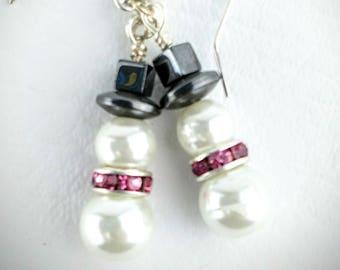 Snowmen beaded earrings, christmas earrings, holiday earrings, winter earrings, cute christmas gift for her