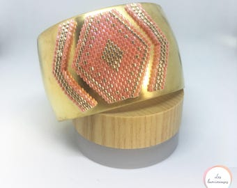 Cuff pink coral and gold
