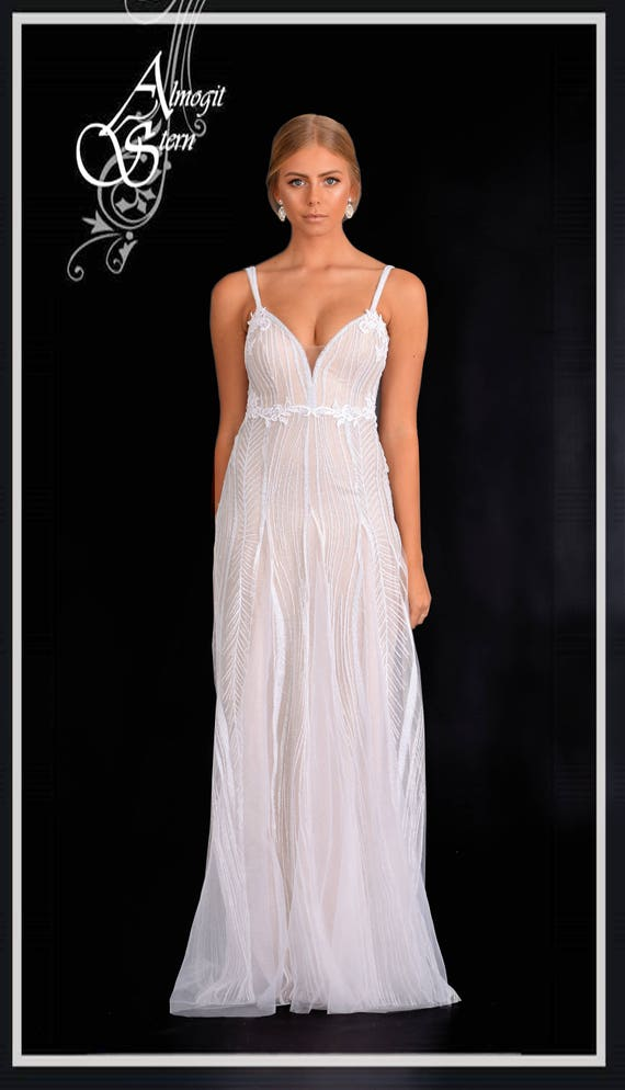 wedding dressrobe for bride bridal gown Classic white and  4db05c246038