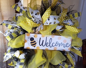 Spring wreath with bumble Bees