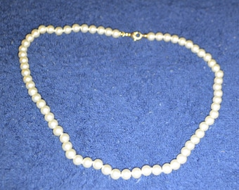 White Pearl Choker Necklace-Bridal Jewelry / Free Shipping