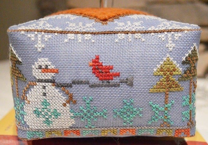 Snowmen Winter HANDS ON DESIGN Block Party Snow Counted Cross Stitch Pattern /& Wool Snowflakes Includes Handcrafted Pin Set Too!