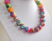 Flower Power, Paper bead necklace, made with love