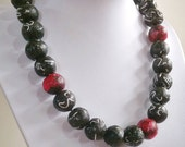 "Paper bead necklace, "" Black with Red"", made with love"