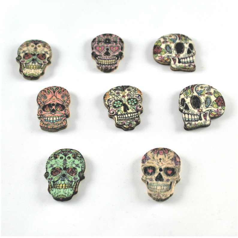 Wooden Skull Day Of The Dead Buttons 6 Designs In Packs Of 3 To 20