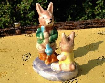 Animal figurines/decor