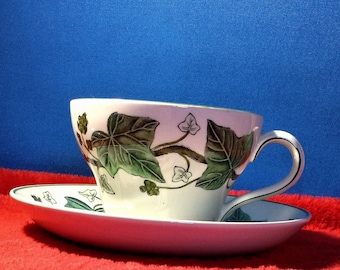 Cup and saucer, odd tableware Napoleon ivy, Wedgwood of etruria, pottery