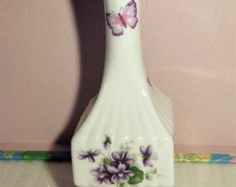 Vintage ornament, Aynsley vase, small vase, vintage vase, decorative vase, fluted vase, home decor, room decor, boho decor, gifts, display