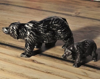 Metal small bears standing, diecast, lead, cast, vintage