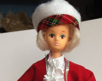 Doll in traditional scottish costume, collectable, souvenir doll.