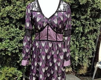 Dress womens clothing, Vintage Retro dress from 1970s, marks and spencers, casual, occasion, lace, purple, black, Knee length, fitted.