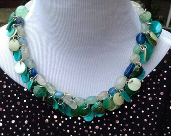 Necklace blue beaded with flat discs