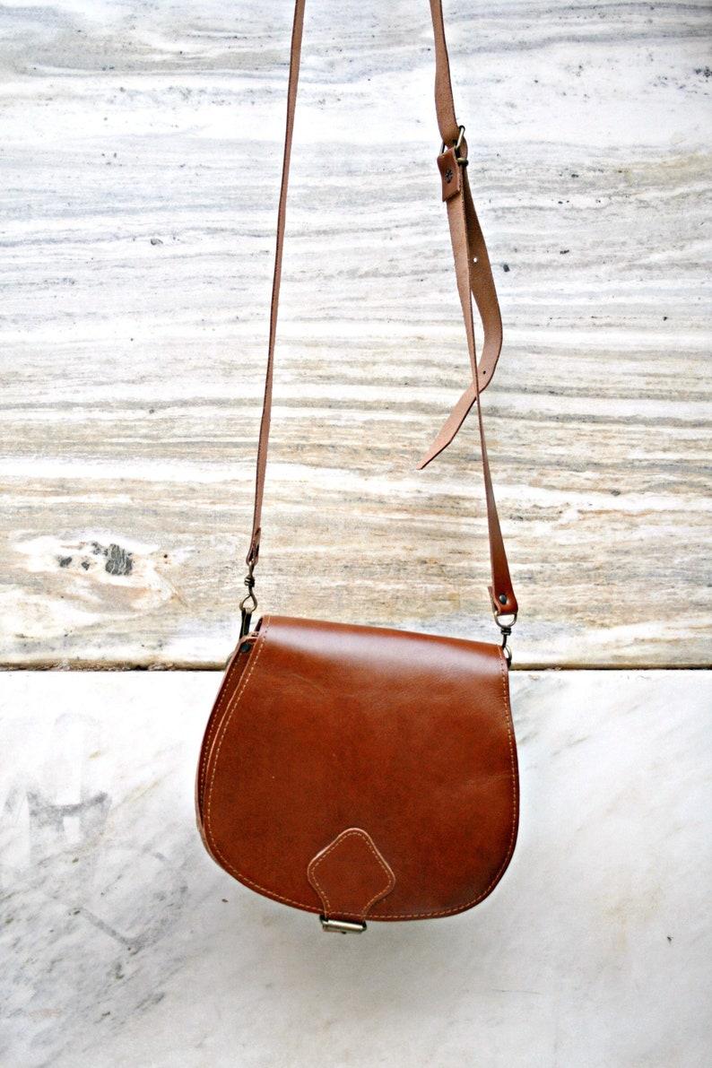 602e65cc46 Leather Brown Purse Shoulder Bag Medium Vintage 70s Bag