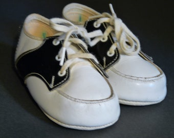 Baby Saddle Shoes **vintage**