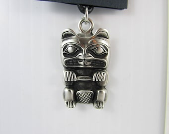 New British Columbia Coast Salish BEAVER  design totem pole pewter necklace 100% lead free