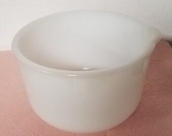 Vintage Glasbake for Sunbeam Milk Glass Mixing Bowl (12)