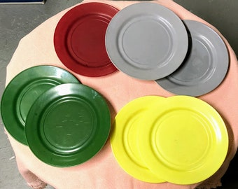 Vintage Hazel Atlas Ovide Dinner Plates Lot of 7