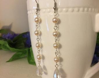 Bridal Swarovski 6 mm pearl dangle/drop earrings, romantic earrings, elegant, wedding earrings