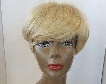 Gorgeous Short Blond Synthetic Wig