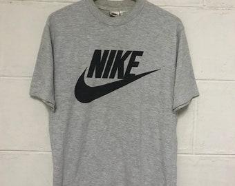 04206212621 Vintage Nike Swoosh Spellout Logo Tshirt