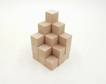 Wooden counting cubes 10mm A new pack of 30 beech cubes