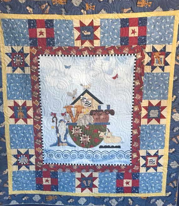 BEUTIFULL Hand crafted baby quilt NOAHS ARK