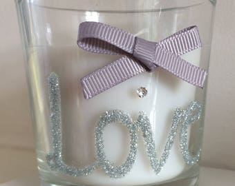 Scented sweet vanilla glitter Love candle hand decorated(7.5cm)