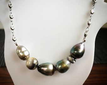 Black Tahitian Pearl Necklace Japanese style