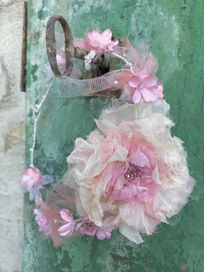 Delicate rose crown
