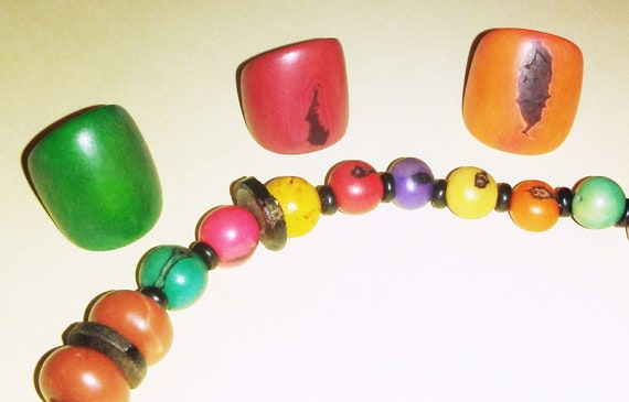 Colorful Celluloid Plastic and Wood Faux Fruit Pit Demi-Parure  Vintage Matching Early Plastics Necklace and 3 Rings Jewelry Set Earrings