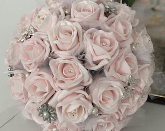 Morgan Bridesmaid Bouquet M