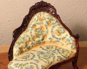 Victorian Fainting Sofa, Couch, Dollhouse Furniture