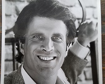 Original Ted Danson Press Photo 1982