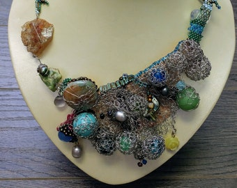 Seabed necklace
