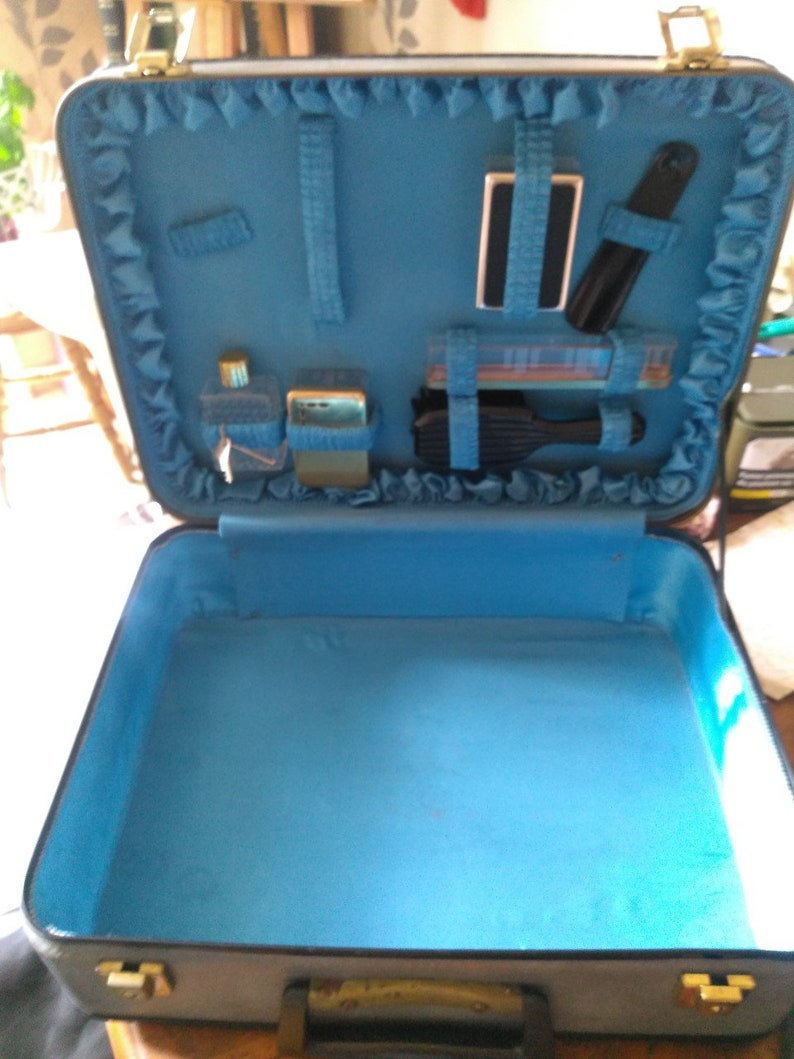 Old 1960s case with toilet needs