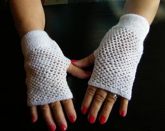 FINGERLESS gloves gift Sartre