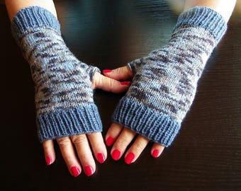 FINGERLESS gloves gift Baudelaire