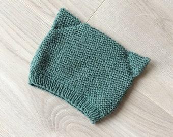 Baby cap in pure 100% Merino wool, cat cap, foam dot cap, hand knitted, cat ears, handmade cap